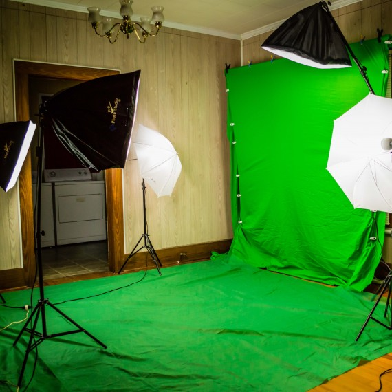 UGS RECORDS GREEN SCREEN 1