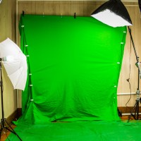 UGS RECORDS RECORDING GREEN SCREEN 2
